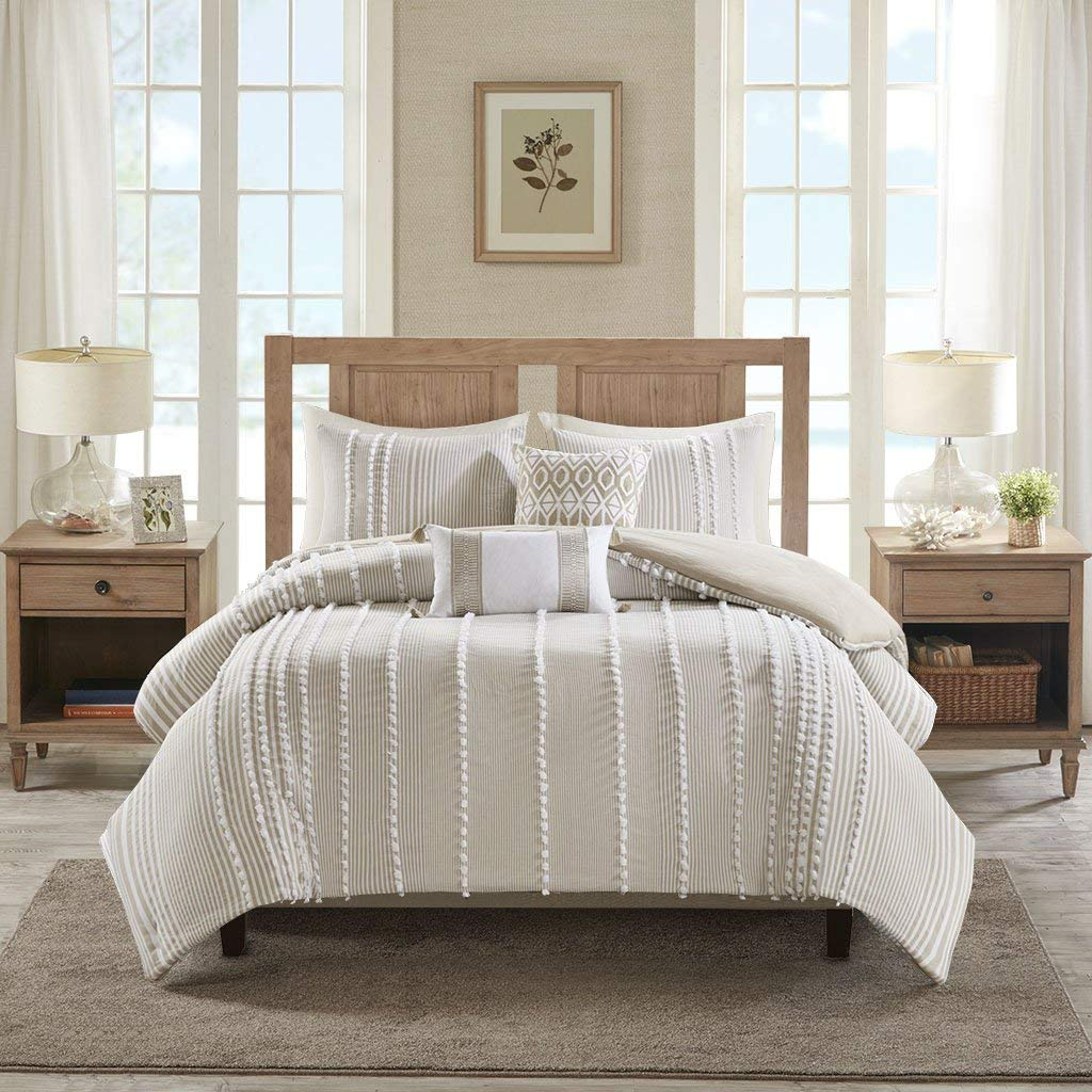 farmhouse-bedding-dot