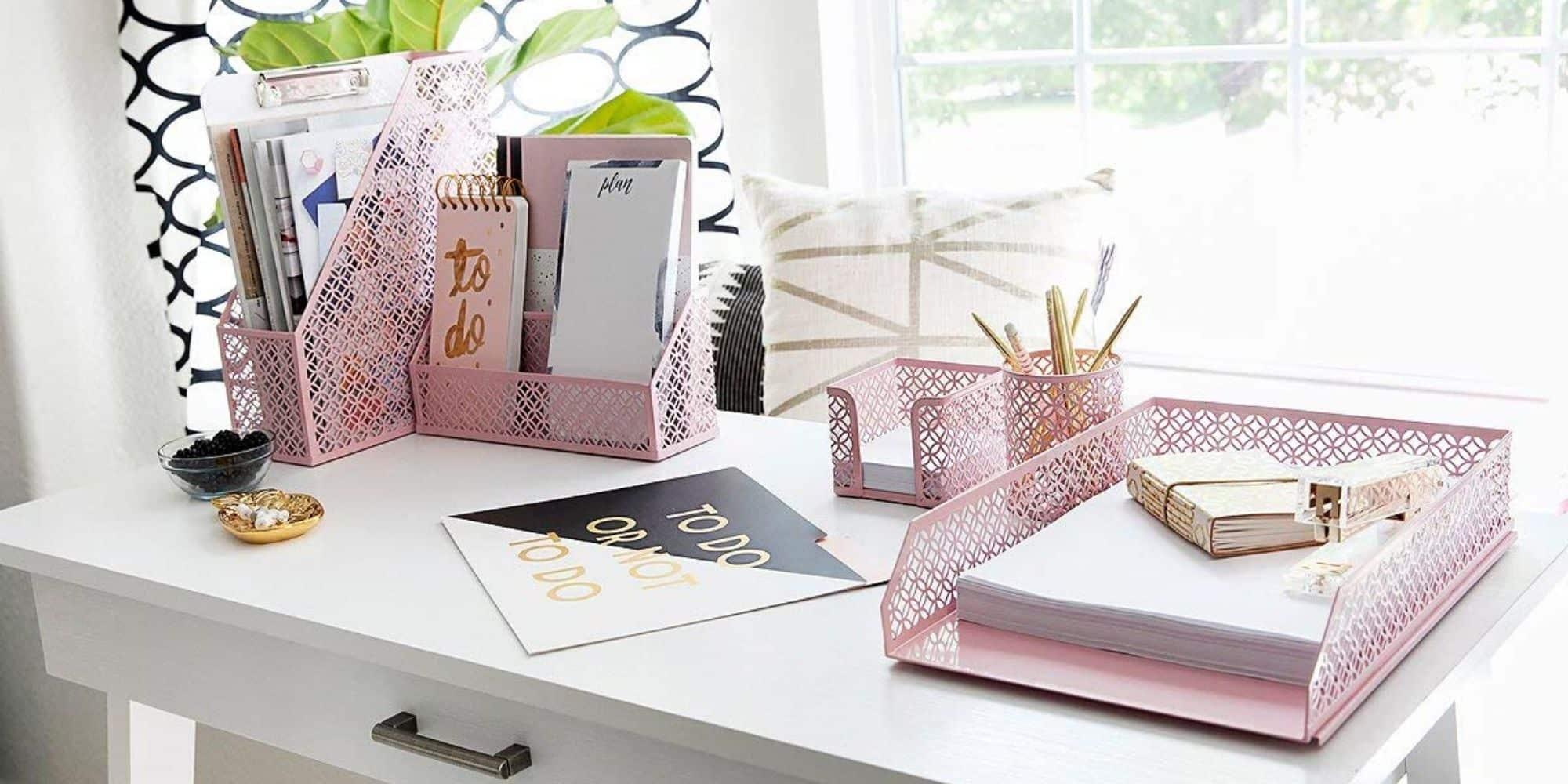 pink-desk-accessories