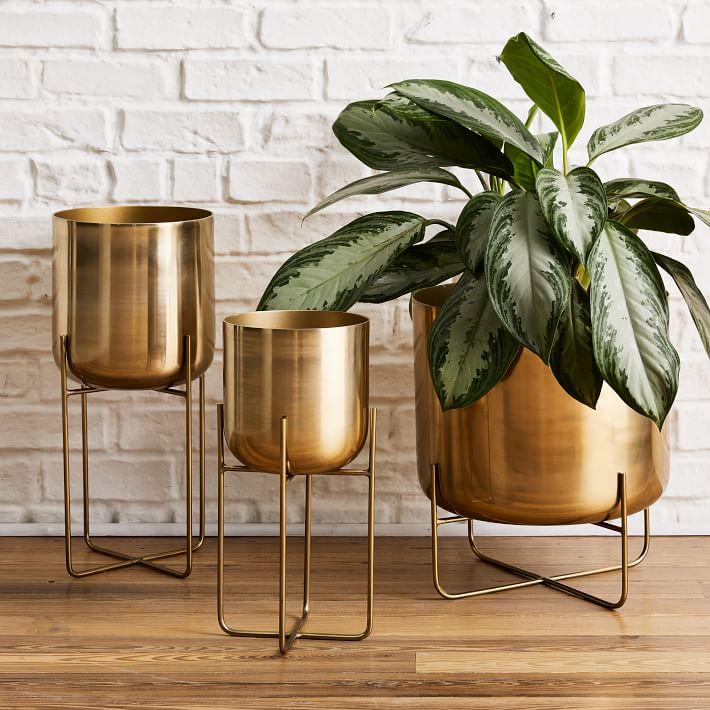 modern-planters-bronze